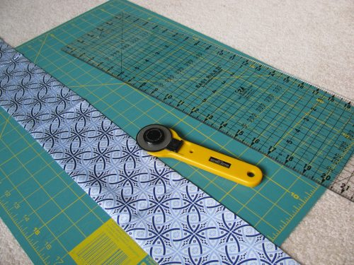 rotary cutter and mat, 291
