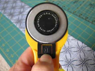 rotary cutter up close, 292