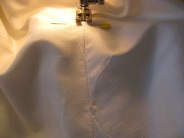 tailor tack on dress for bustle, 619