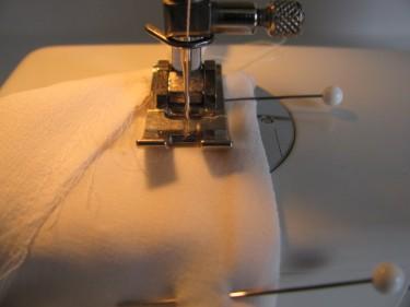 stitch new seam allowance on shoulder, 1006