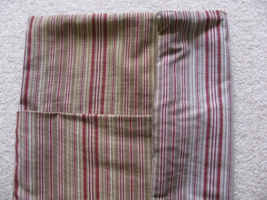 fading from sun on fabric, pillows fast, 1253